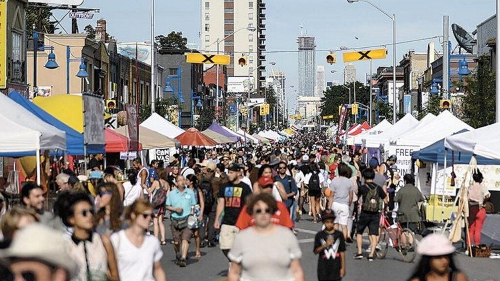 Toronto street show with pedestrians
